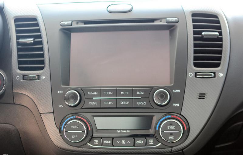 Cách chọn mua màn hình xe hơi giá rẻ chuẩn nhất