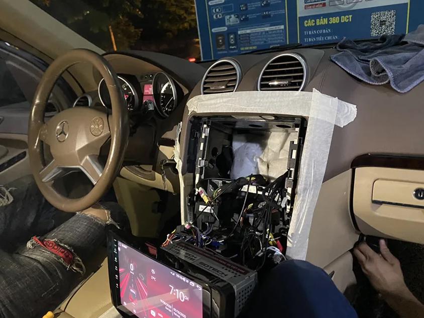 Lắp đặt màn hình xe hơi giá bao nhiêu